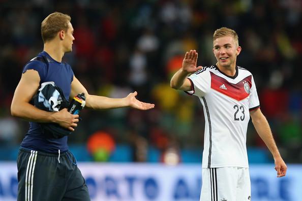 كرامر يطالب الإتحاد الألماني بنسخة مقلددة لكأس العالم