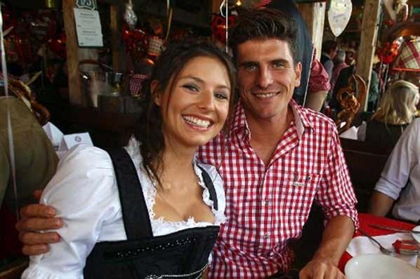 سيلفيا ميشيل صديقة ماريو غوميز