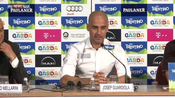 غوارديولا يهاجم مسؤولي برشلونة