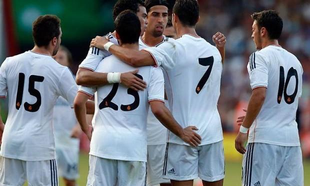لاعبو ريال مدريد يعدون بالرد على مورينيو بخماسية في مرمى تشيلسي!