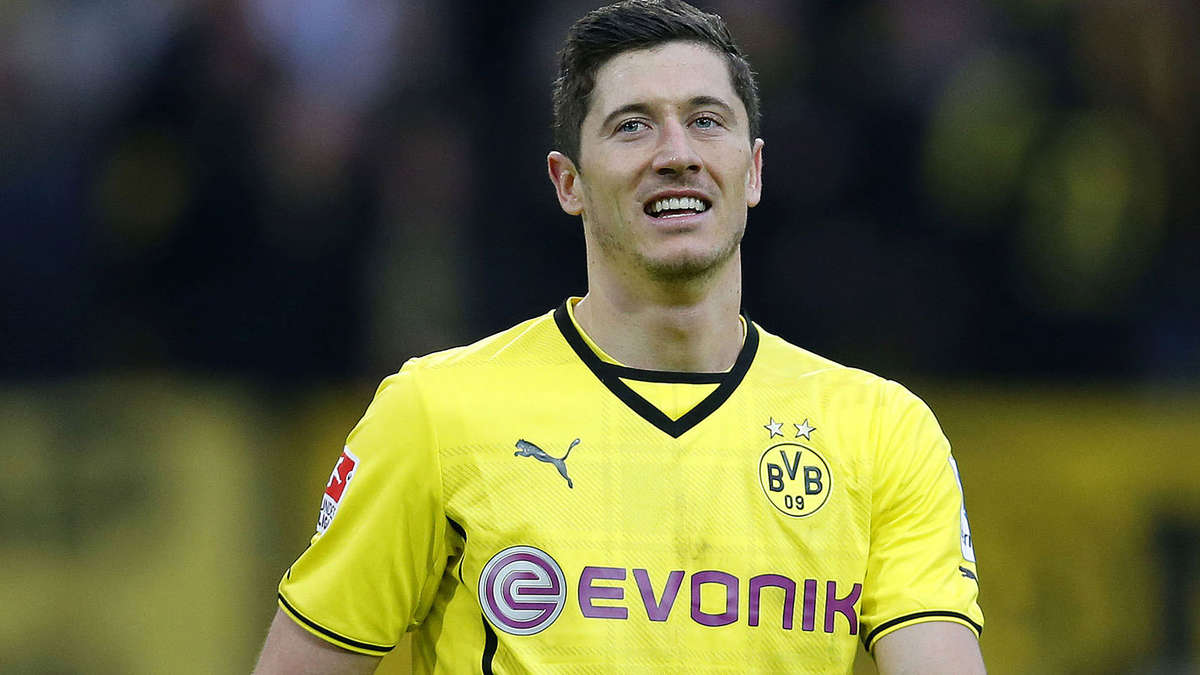 874511104-robert-lewandowski-1mef