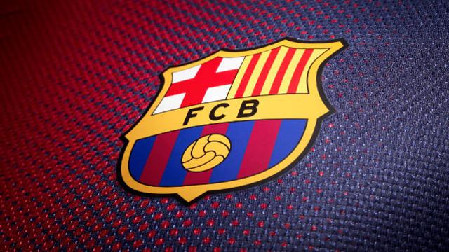 برشلونة يمكنه دخول سوق الإنتقالات