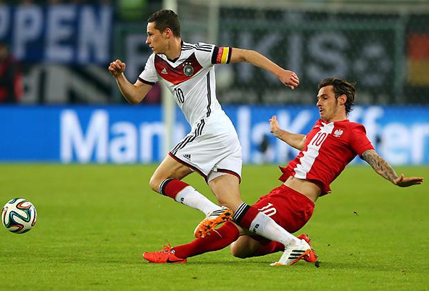 تشكيلة المانيا أمام بولندا هي الأصغر بالتاريخ