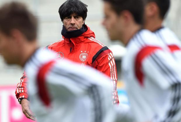 يواكيم لوف سيبقى مع المانيا حتى 2016