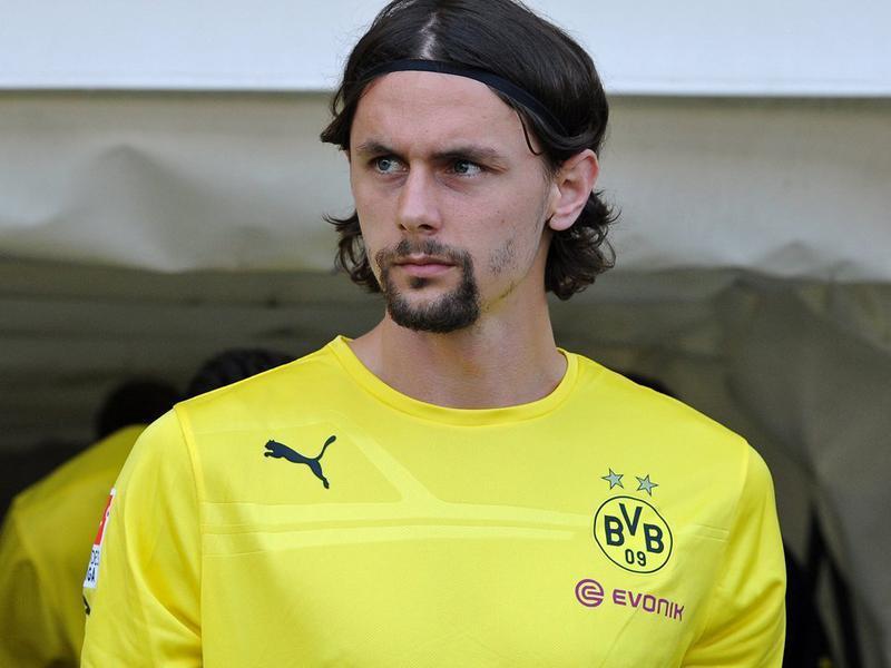 سوبوتيتش يفضل البقاء مع ناديه على اللعب مع منتخب صربيا