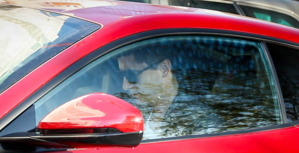 ليفاندوفسكي يشتري فيراري F12 الفارهة