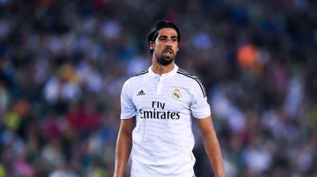 خضيرة يعرب عن سعادته بحال تجديد عقده مع ريال مدريد