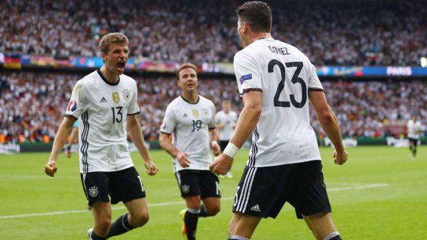ماريو غوميز يسجل مع المانيا