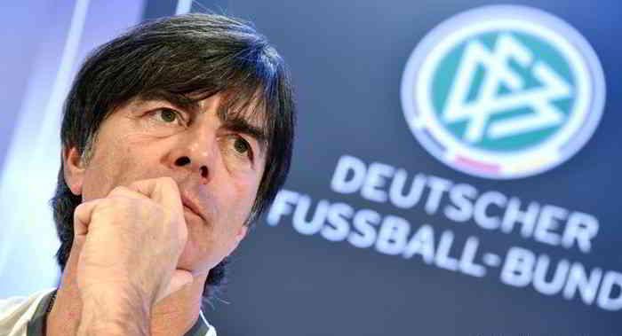يواكيم لوف يرشح المانيا للفوز بالمونديال