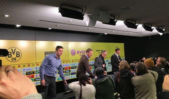 المؤتمر الصحفي لإعلان تدريب بيتر شتوغر لبوروسيا دورتموند