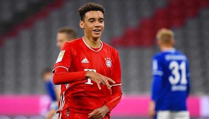 أصغر لاعب في بايرن ميونخ جمال موسيالا